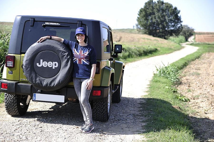 Jeep-con-chica