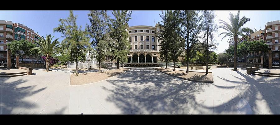 Fotografia-fachada-Lluis-Vives-colegio
